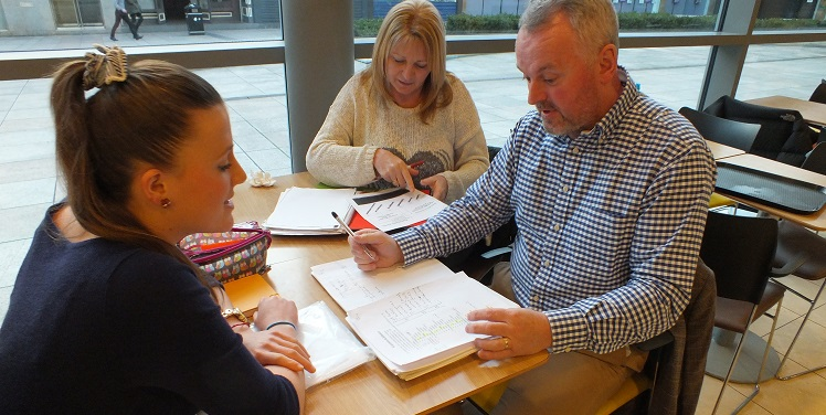 One Of Our Spanish Courses In Poole 1
